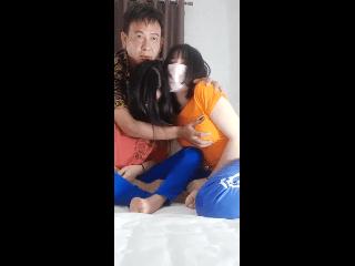 2 สาว โดนลุงขืนใจ ห้ามพลาด อย่างเด็ด หอยยังฟิตๆ | 248avporn